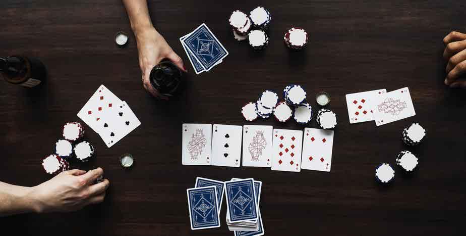 ポーカーの初心者がポーカーを楽しむためには?